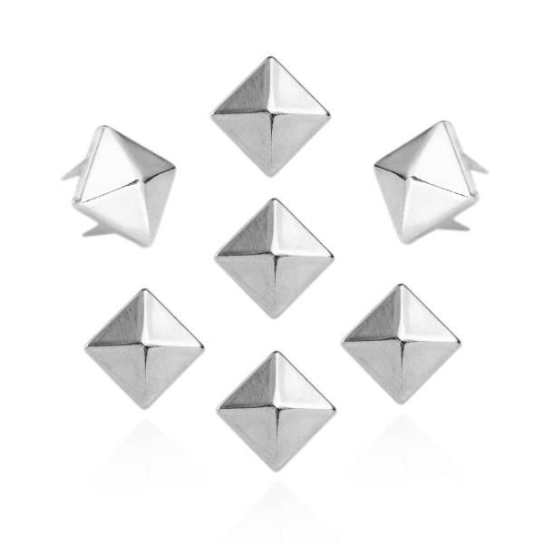 Silberne Pyramidennieten