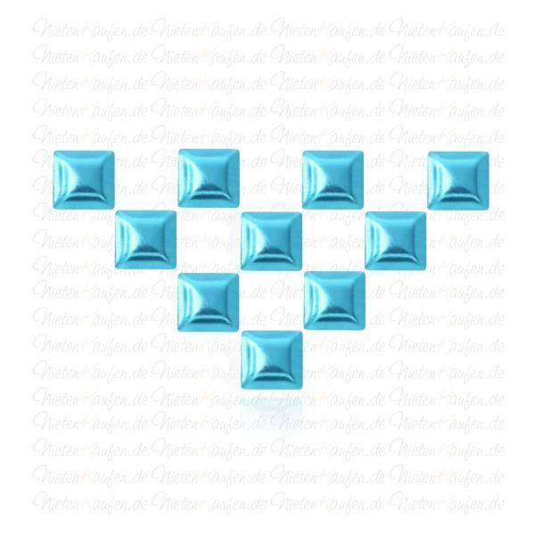 Hellblaue Pyramiedennieten -  Klebenieten - Bastelnieten - Nieten zum Aufkleben