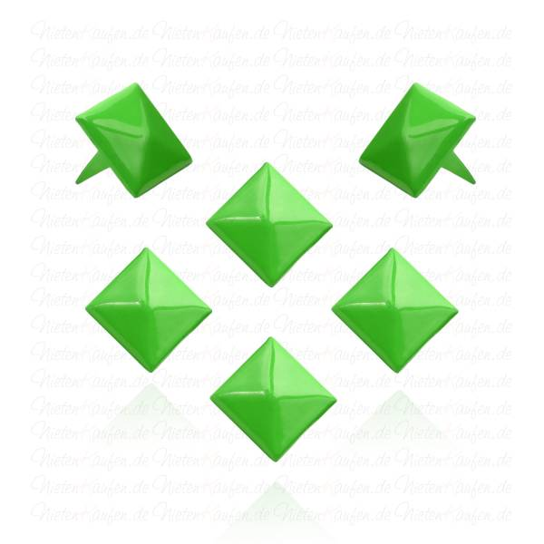 Grüne Pyramidennieten 12 mm
