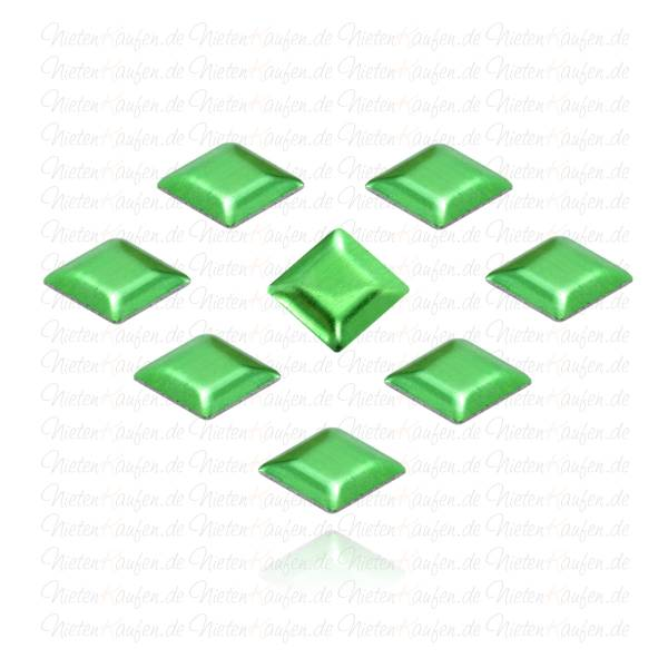 Grüne Pyramiedennieten - Klebenieten - Bastelnieten - Nieten zum Aufkleben